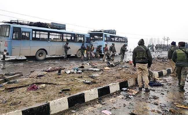 Naxalites blow up bus filled with soldiers